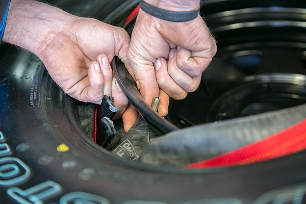 tyre fitting 3