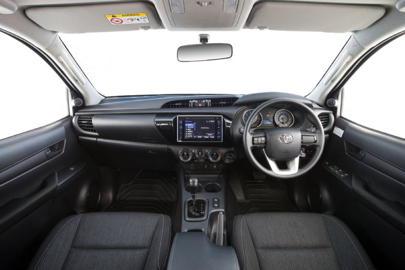 61581 furthermore Tata Vista moreover 122641 Indash Gps Units Jbl Radio Installation as well 179479 1998 Toyota Altezza Lexus Sale together with Toyota Autoradio. on toyota rav4 radio