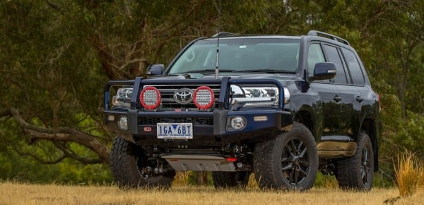 Toyota LandCruiser 200 Bullbar